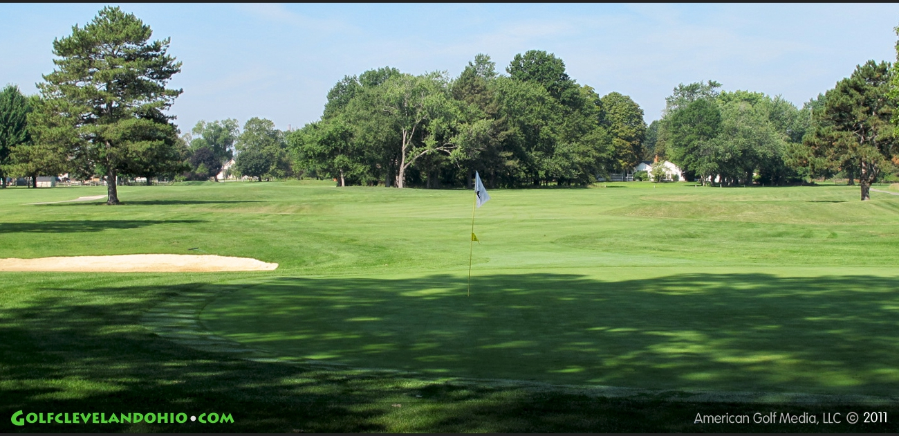 lost nation Located in the north end of willoughby only a mile and a half from state route 2, lost nation golf course is an 18 hole facility, featuring a 6500 18 hole golf course with driving range.